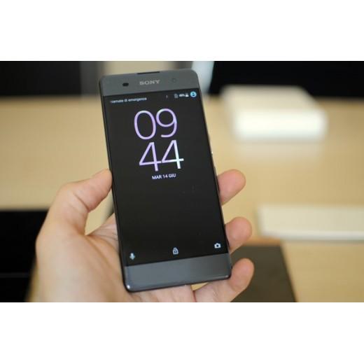 Màn hình bể kính Sony XA